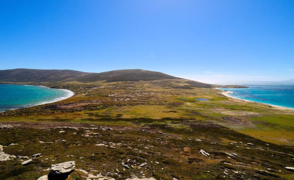 Das britische Überseegebiet liegt rund 550 km von der argentinischen Küste entfernt. Politisch gesehen sind die Inseln britisch, doch die Geologie ist komplizierter: Die afrikanische Landmasse sitzt auf einem südamerikanischen Untergrund.. Bild: Michael Wenger