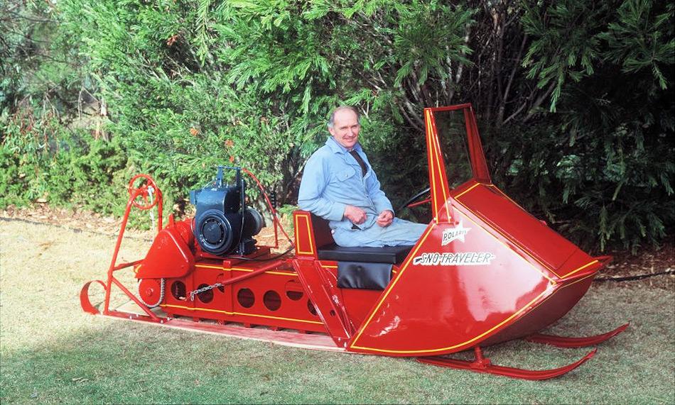 Eine der bekanntesten Leistungen von Dave McCormack war die Wiederinstandstellung eines Sno Traveler, einem der ersten Schneemobile, die von Australiern in der Antarktis genutzt worden war.
