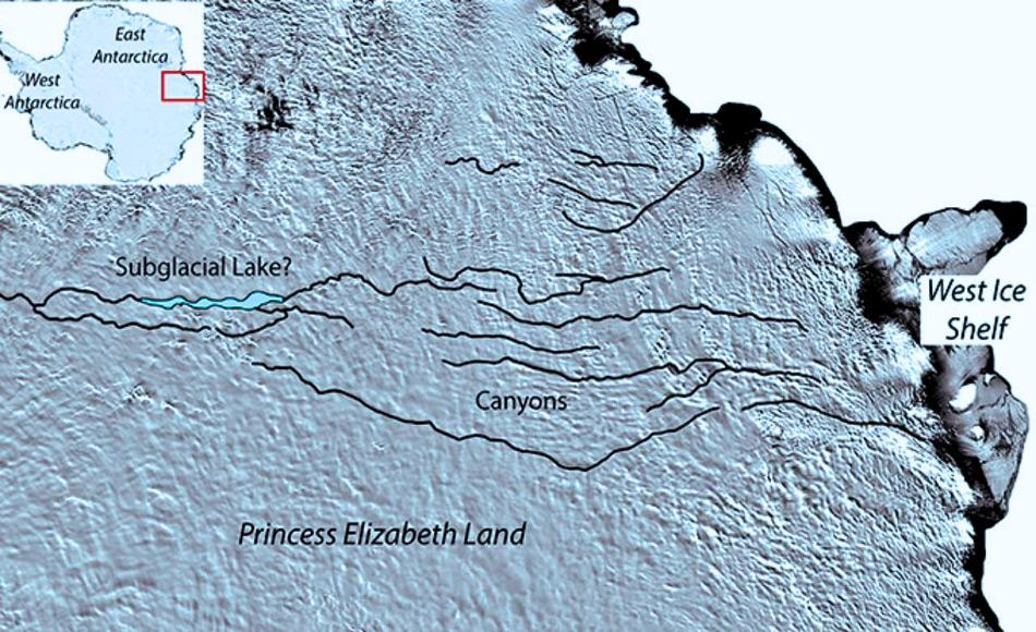 Der neu entdeckte See liegt im Prinzessin Elizabeth Land, im Osten der Antarktis. Anfang des Jahres wurde hier bereits ein Canyon System unter dem Eis entdeckt, das aus einer Reihe von gewundenen und geraden Kanälen besteht, die unter mehreren Kilometern von Eis begraben sind. (Satellitendaten: MODIS Moderate Resolution Imaging Spectroradiometer)