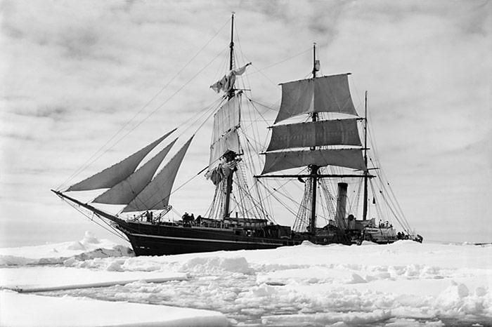 Terra-Nova-Schiff