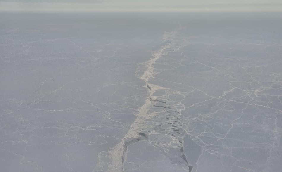 Das arktische Meereis hat seit Jahren jedes Jahr im Sommer an Ausdehnung und Volumen verloren. Doch gemäss NASA wäre die Ausdehnung noch geringer, wenn nicht im Winter das Meereis stärker wächst als bisher angenommen. Bild: Michael Wenger