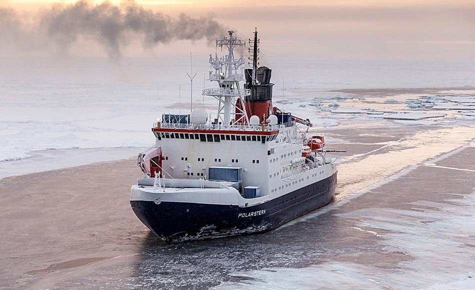 Neue Aufgabe: Die Polarstern soll eingefroren werden und 14 Monate lang durch den Arktischen Ozean driften Foto: Mario Hoppmann