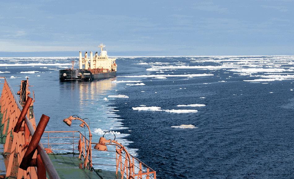 Die Nordmeerroute führt entlang der russischen Nordküste und gilt als kürzeste Verbindung zwischen den europäischen / nordamerikanischen und asiatischen Märkten. Doch die harschen und eisigen Bedingungen haben eine reelle Nutzung bisher verhindert. Und es scheint auch weiterhin so zu bleiben.